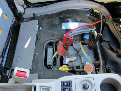 サンバー バッテリー 上がり つなぎ方 対処法 原因