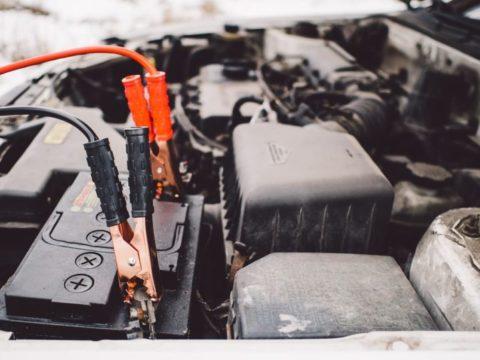 プジョー 207 バッテリー 上がり つなぎ方 対処法 原因
