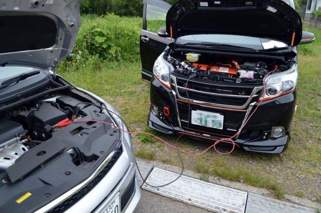 ノア ハイブリッド バッテリー 上がり つなぎ方 対処法 原因