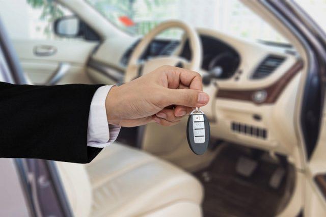 新車を安く買う方法 コツ 時期
