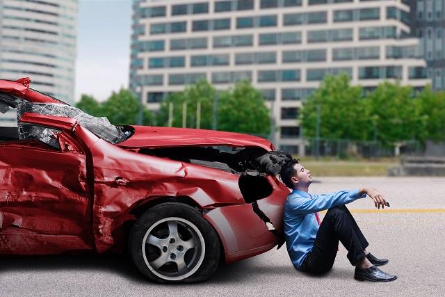 交通事故 警察 呼ばなかった 後日