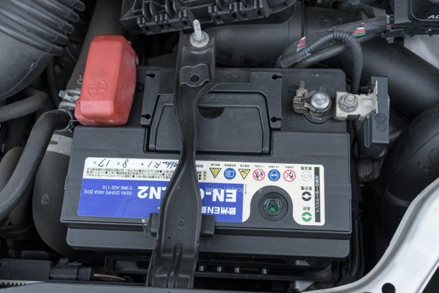 冬 バッテリー上がり 原因 対策