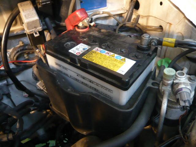 バッテリー上がりを起こしたバッテリーはその後も使えるの?交換する必要はある?